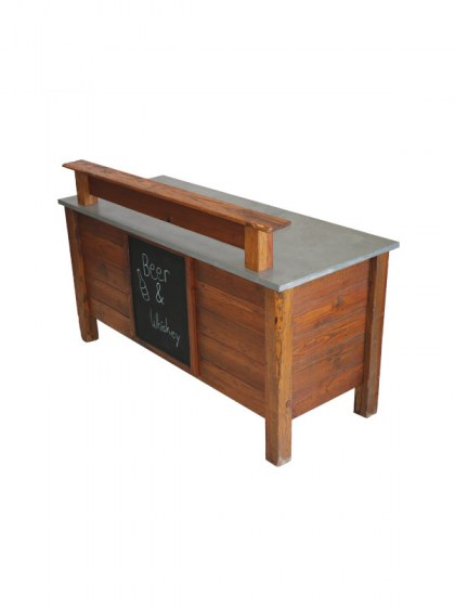 american_classic_bar_with_chalkboard
